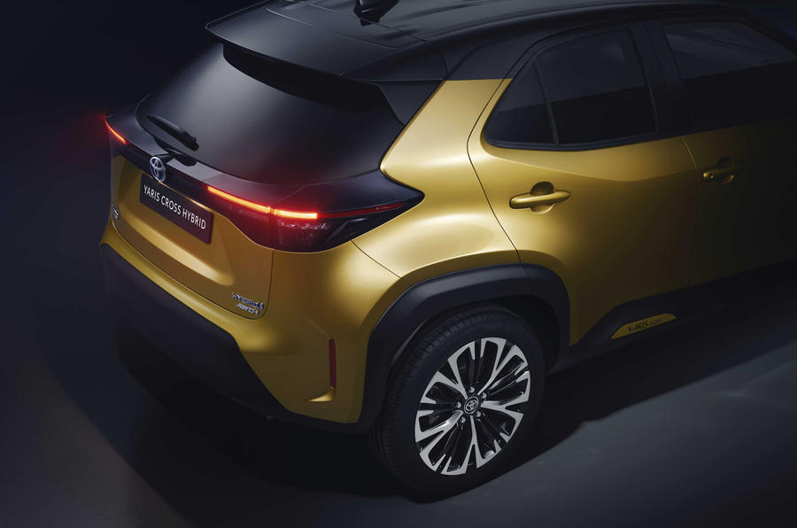 Toyota Unveils the Yaris Cross Hybrid 12