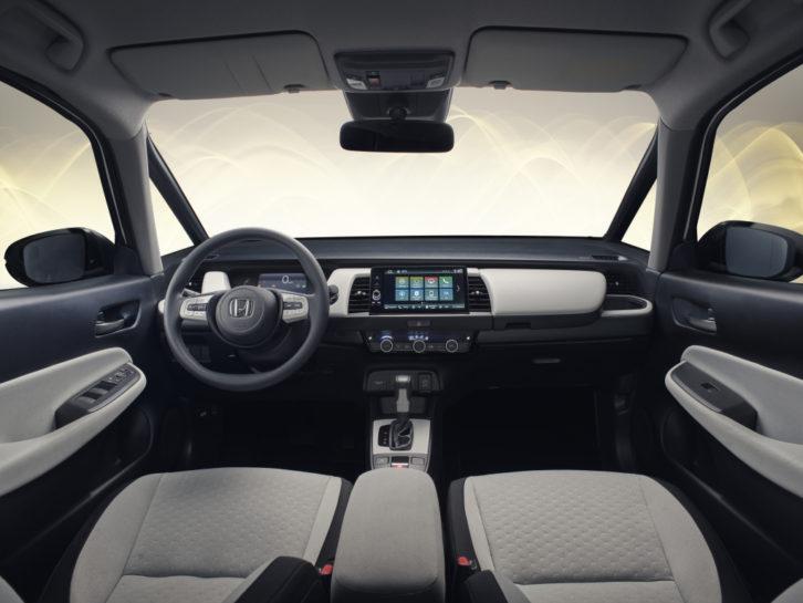 2020 Honda Jazz Adds Unique Front-Center Airbag 6