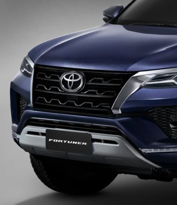 2020 Toyota Fortuner Facelift Debuts in Thailand 6