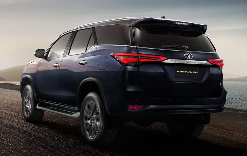 2020 Toyota Fortuner Facelift Debuts in Thailand 4