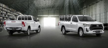 2020 Toyota Hilux Facelift Debuts in Thailand 5