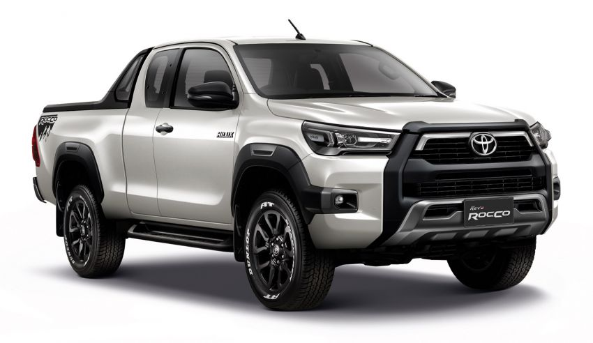 2020 Toyota Hilux Facelift Debuts in Thailand 16