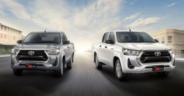 2020 Toyota Hilux Facelift Debuts in Thailand 6