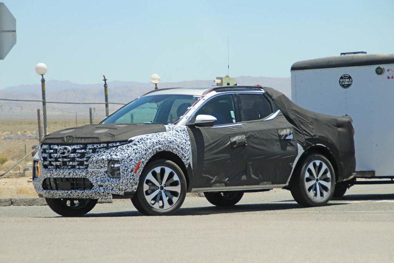 Latest Spy Shots Shows Hyundai Santa Cruz Practicality 2