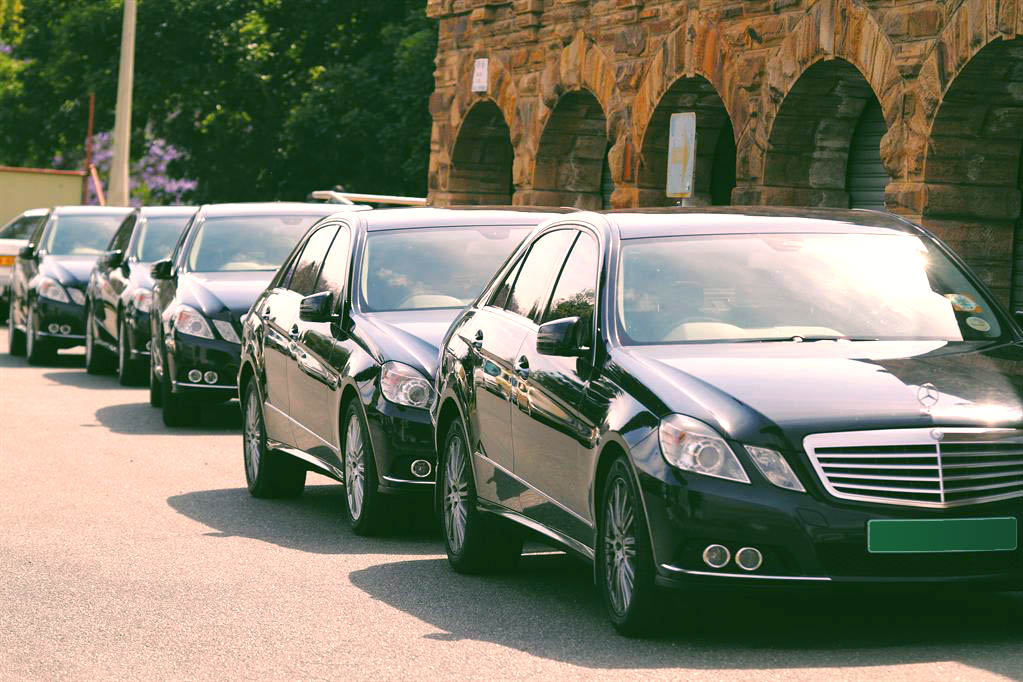Supreme Court Stops Sindh from Importing 400 Luxury Vehicles 1