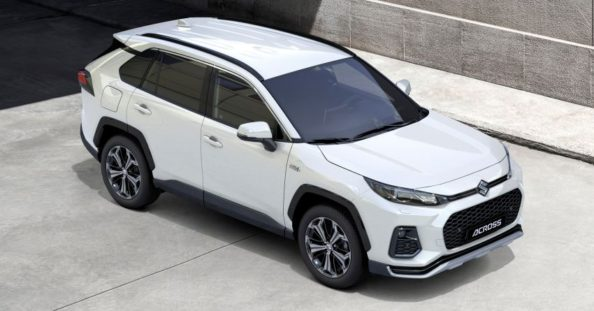 Toyota RAV4-Based Suzuki ACross Debuts 7