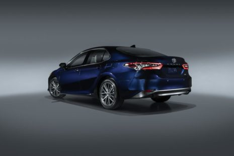 Toyota Camry Gets Facelift and Updated Features in USA 7