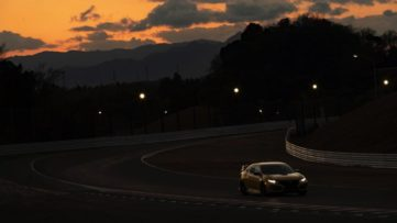 Final Edition Honda Civic Type R Sets FWD Lap Record 4