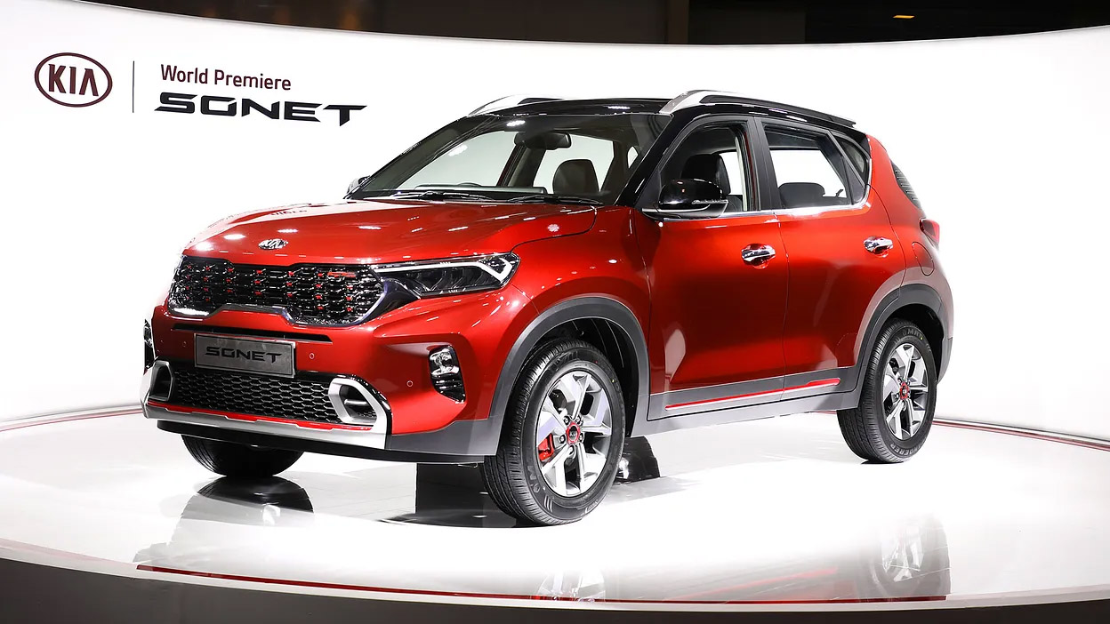 First Kia Sonet Rolls Off the Assembly Lines in India 1
