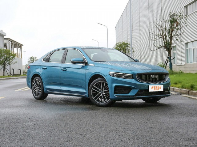 All New Geely Preface Sedan Debuts in China 13