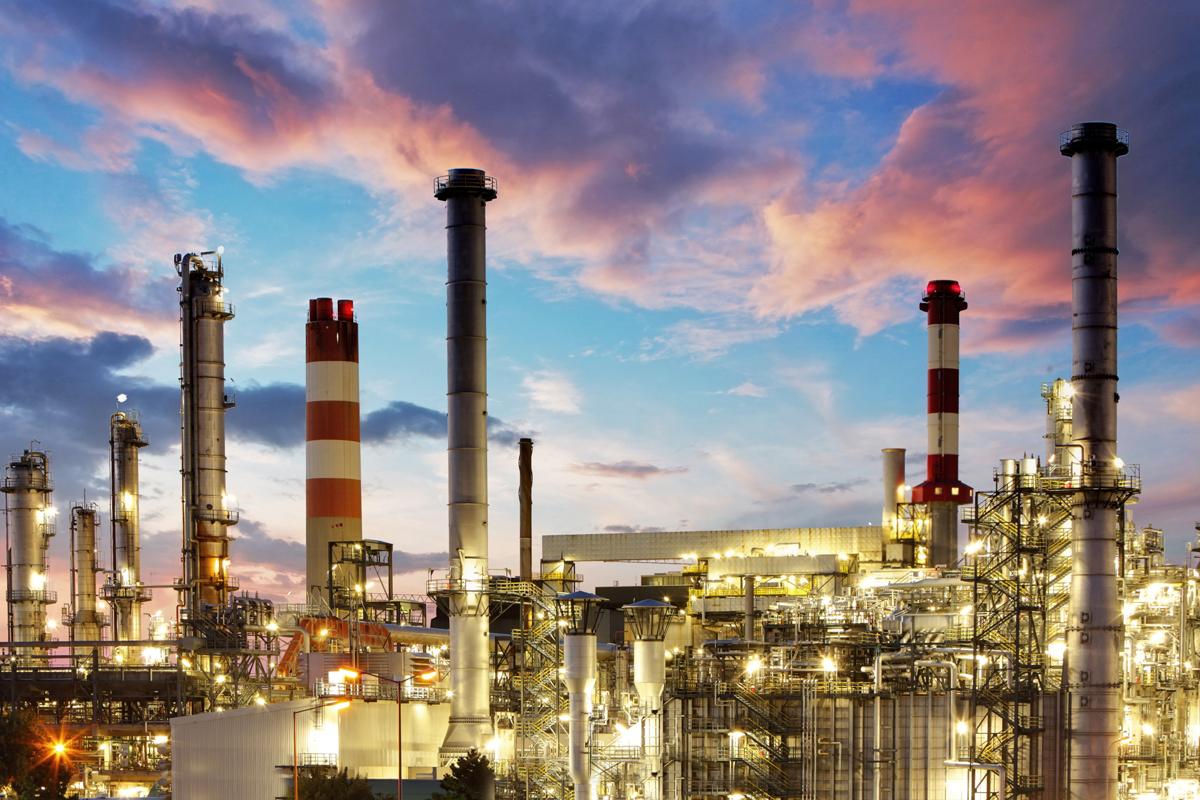 Oil Refineries Criticize Government for Euro-5 Pricing Formula 1