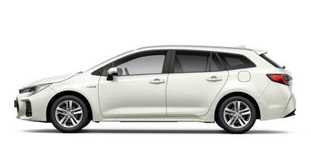 Corolla Estate-Based Suzuki Swace Debuts 3