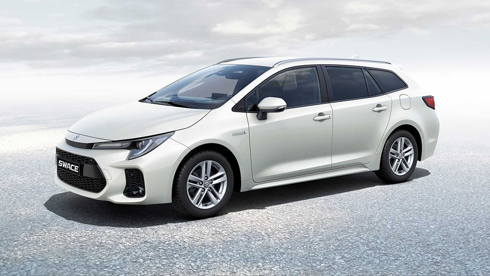 Corolla Estate-Based Suzuki Swace Debuts 13