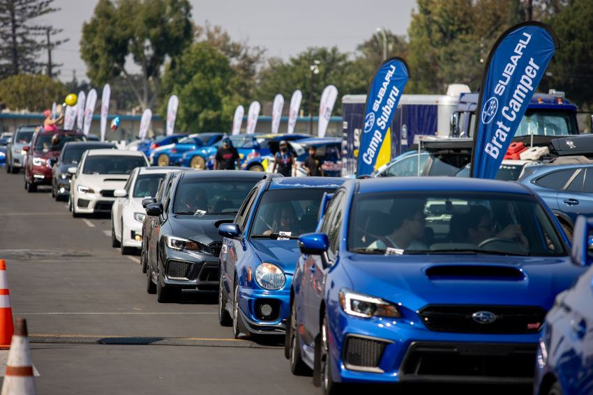 Subaru Broke the Guinness World Record for Largest Parade of Cars 10