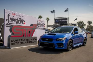 Subaru Broke the Guinness World Record for Largest Parade of Cars 7