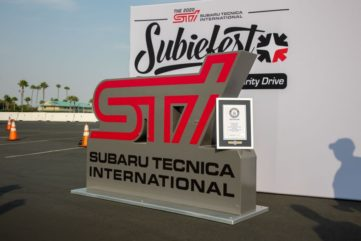 Subaru Broke the Guinness World Record for Largest Parade of Cars 6