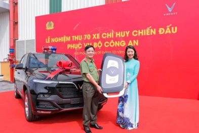 VinFast Delivers Lux SA2.0 SUVs to Ministry of Public Security 2
