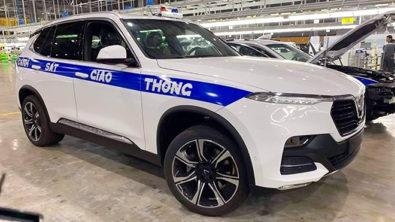 VinFast Delivers Lux SA2.0 SUVs to Ministry of Public Security 5