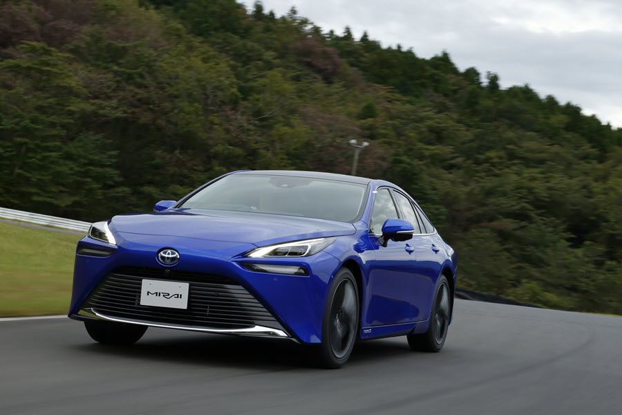 All New Toyota Mirai FCV Goes on Sale in Japan 10