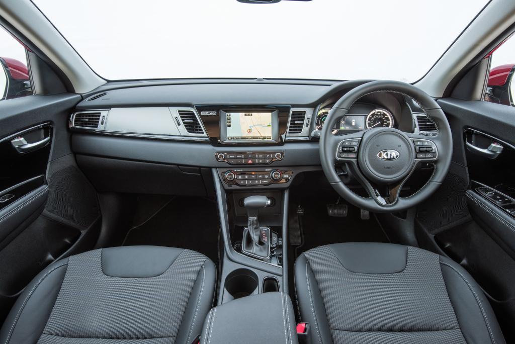 Will Kia Niro be the Answer to Upcoming Toyota Corolla Cross? 5