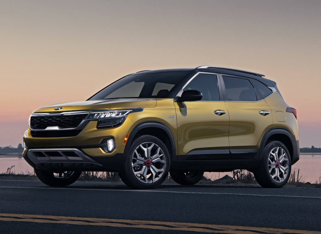 Kia Seltos and Telluride Wins 3 Titles in 2021 Kelley Blue Book Best Buy Awards 2