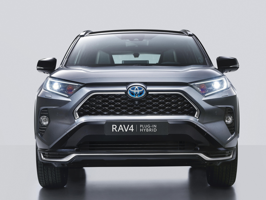 "Toyota Assures to Rectify after RAV4 Prime Fails in ""Moose Test"" 1"